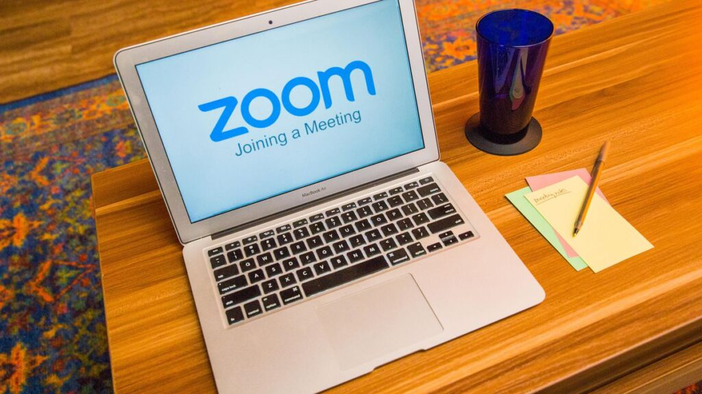 Cómo activar la Webcam en Zoom